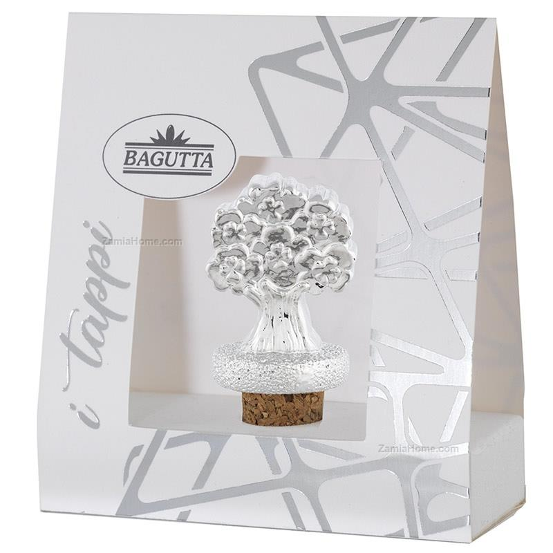 Cork with cloverleaves tree