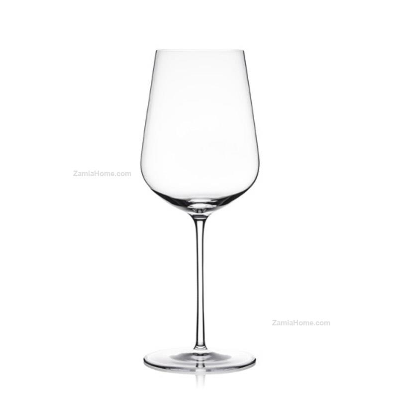 White wine glasses aria