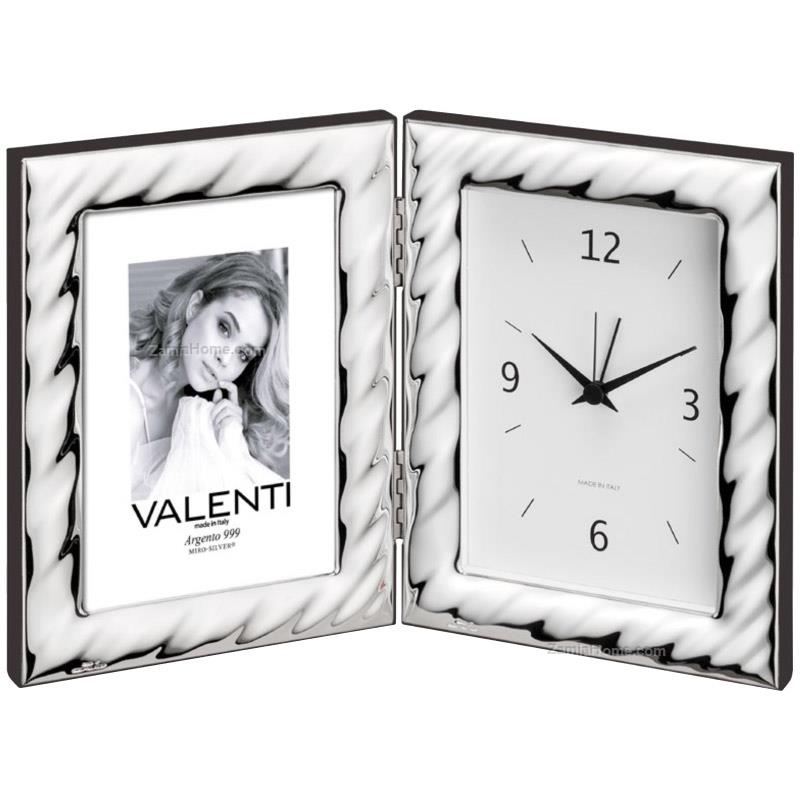 Photoframe with clock waves